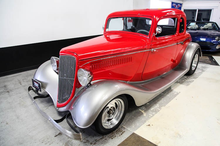 Ford vehicles specialty sales classics for 1933 ford 5 window coupe