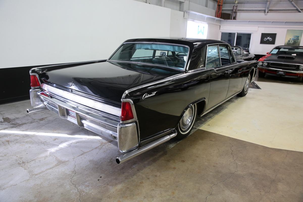 lincoln vehicles specialty sales classics. Black Bedroom Furniture Sets. Home Design Ideas