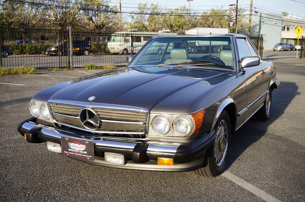 Mercedes benz vehicles specialty sales classics for Mercedes benz 560sl